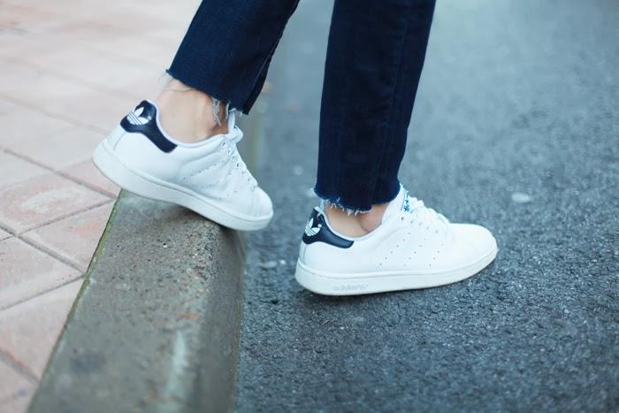 Femmes Adidas Stan Smith - Saint Laurent Court Classique Expiration