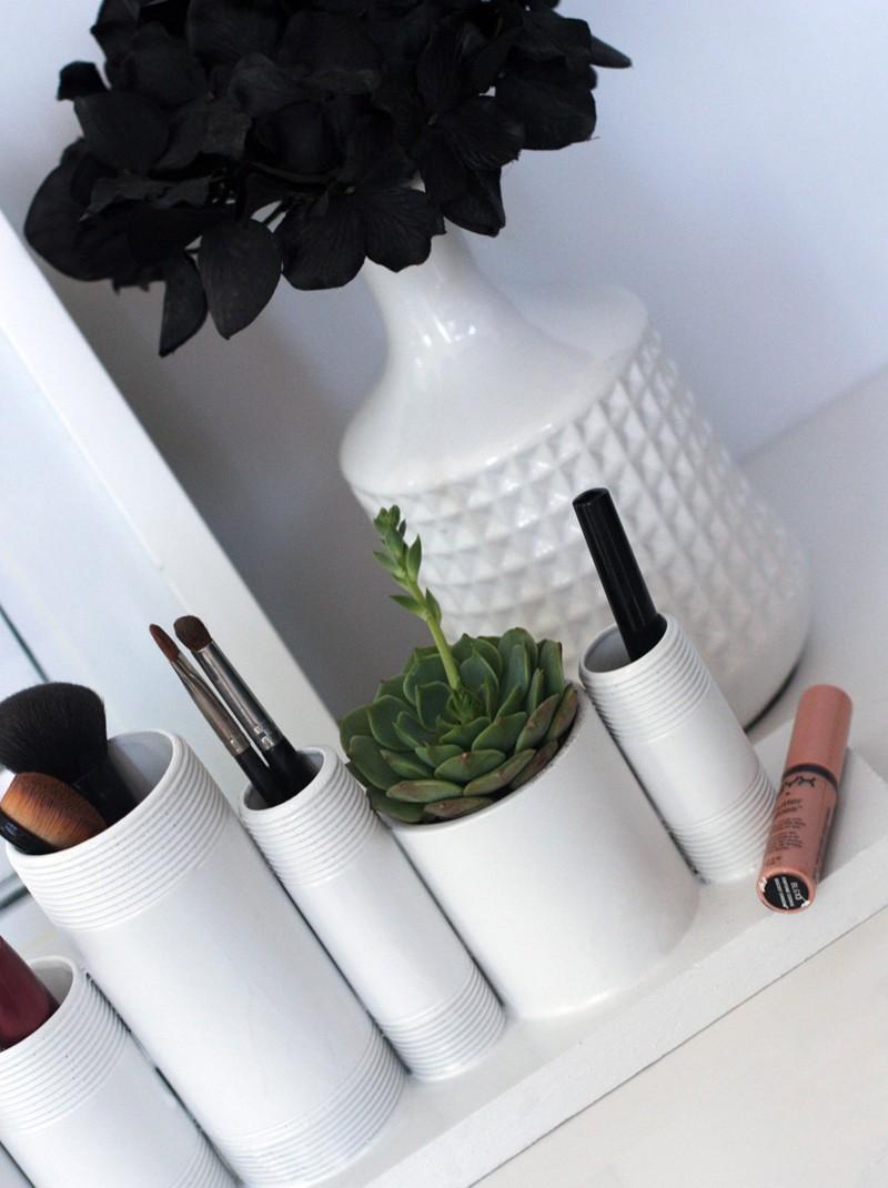 DIY Makeup Storage Sitaution