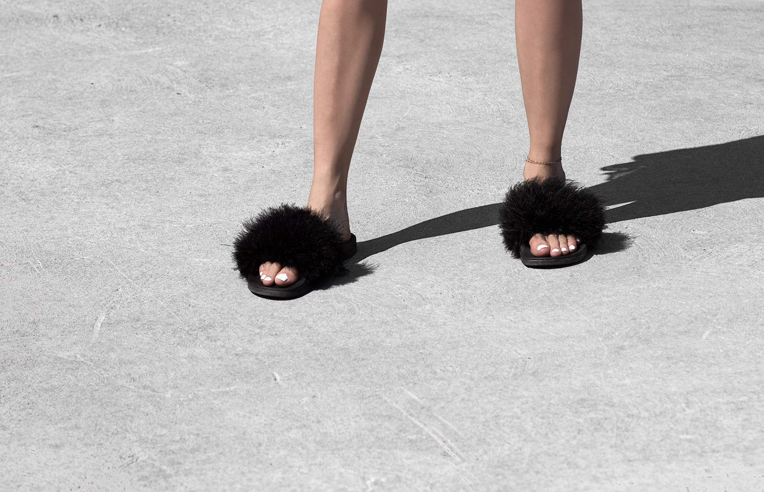 fashionlush, diy, fluffy slides